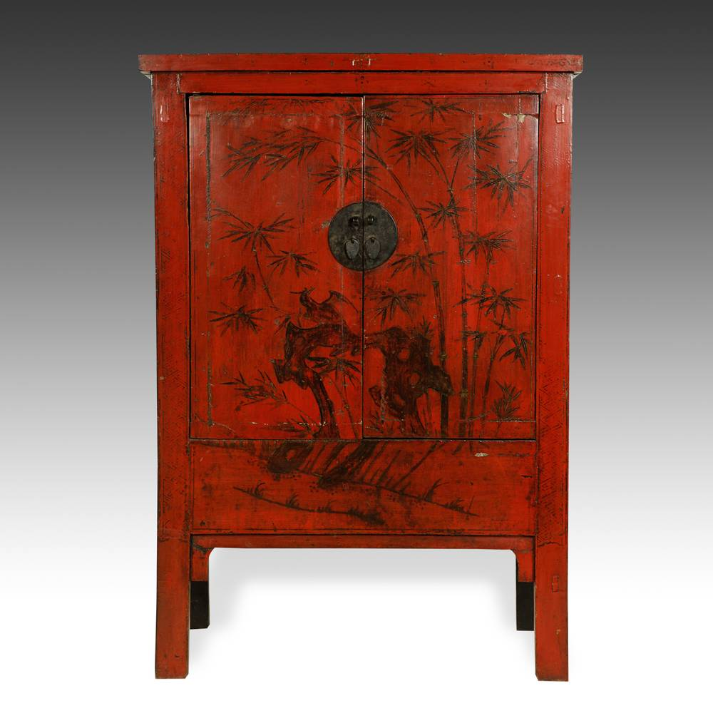 Cabinet with 2 Doors & Bamboo Motif