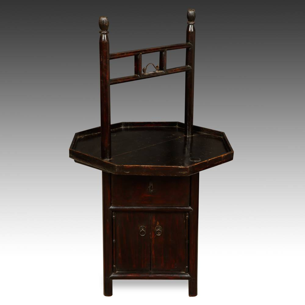 Carrying Cabinet with Octagonal Top