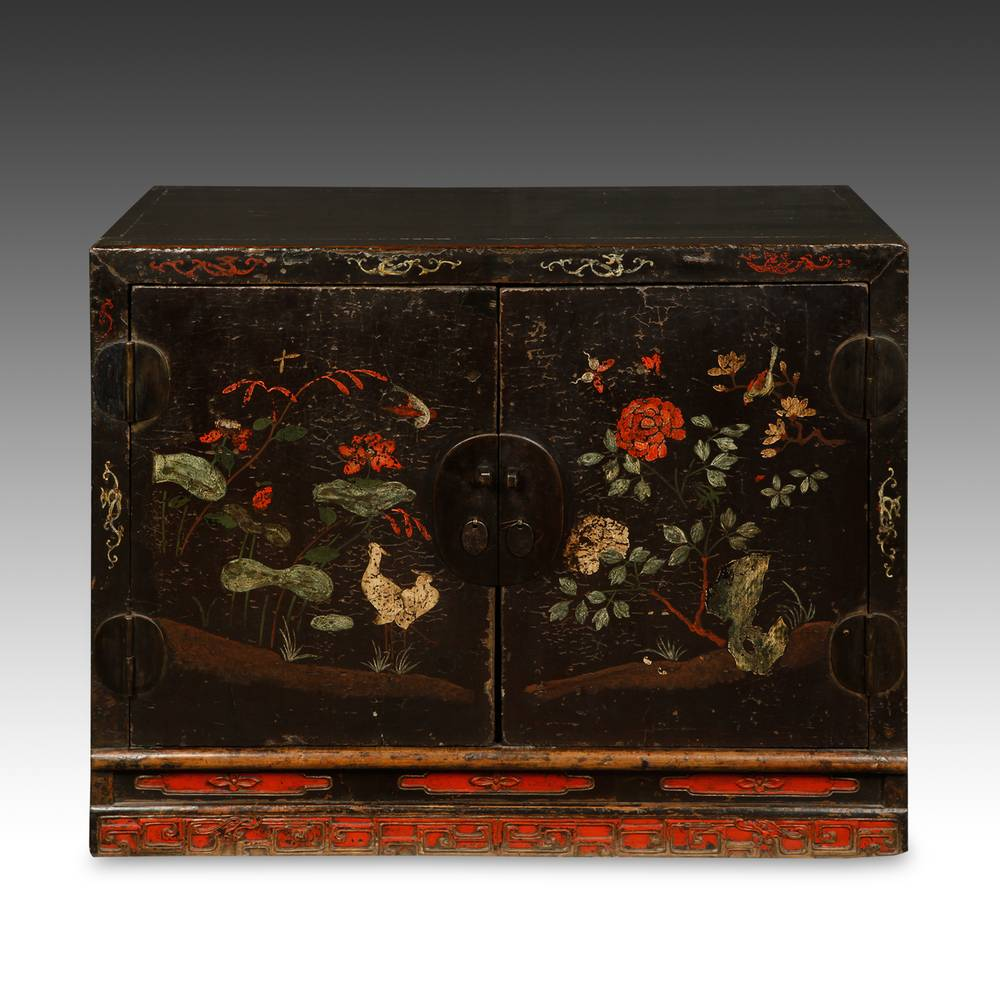Cabinet with 2 Doors, Bird & Floral Motifs
