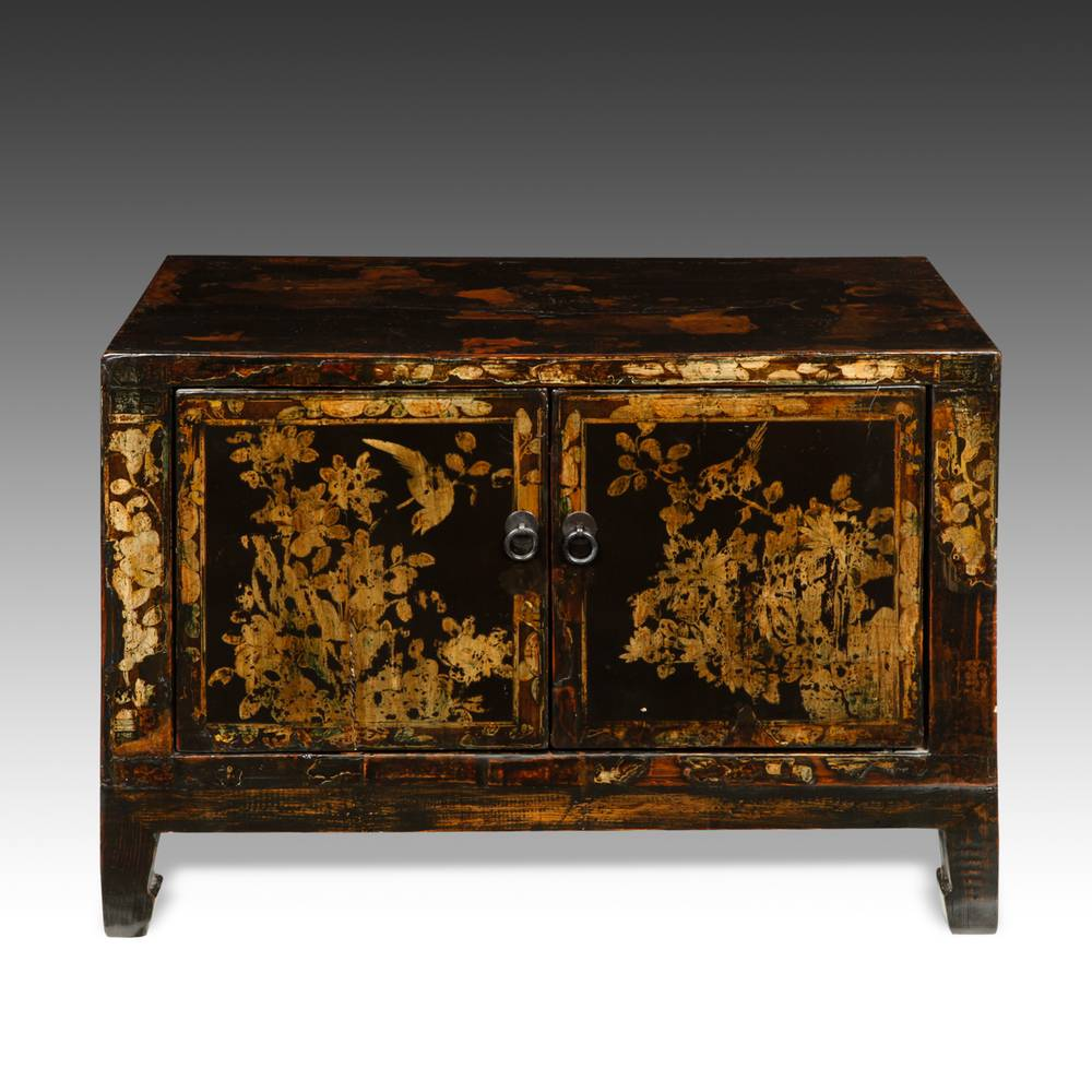 Side Cabinet with 2 Doors and Landscape Motif