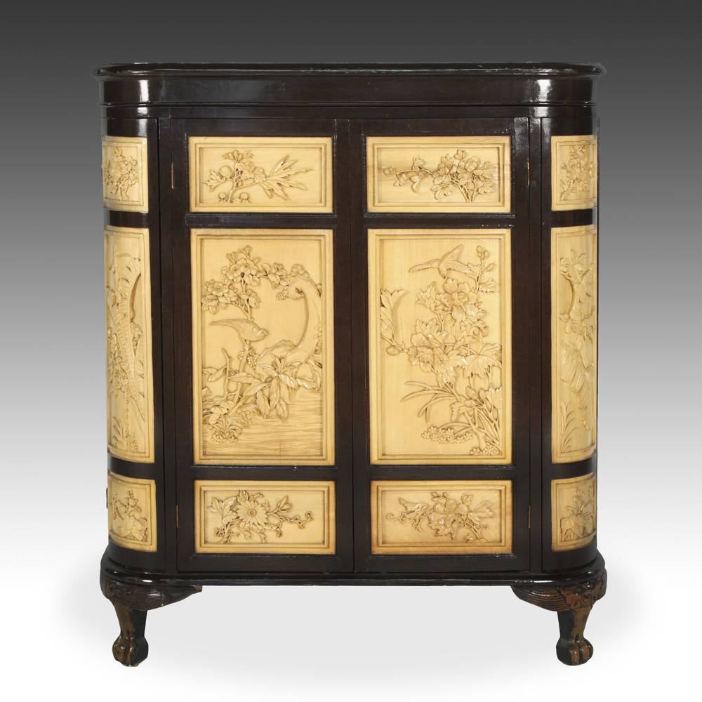 Chinese Style Bar Cabinet